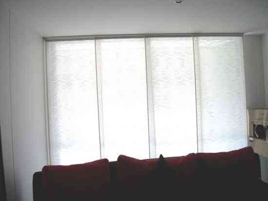 cortinas persianas aluminio y marquesinas    y piso laminado