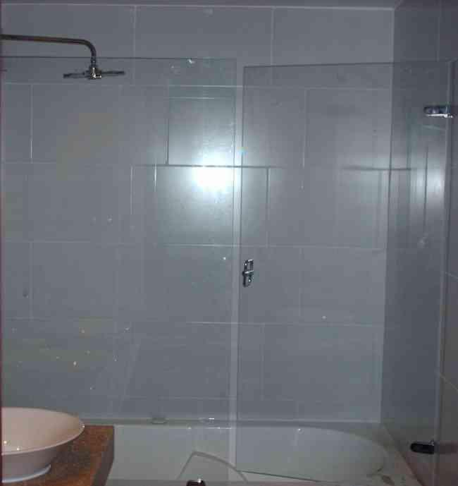reparacion divisiones de baño