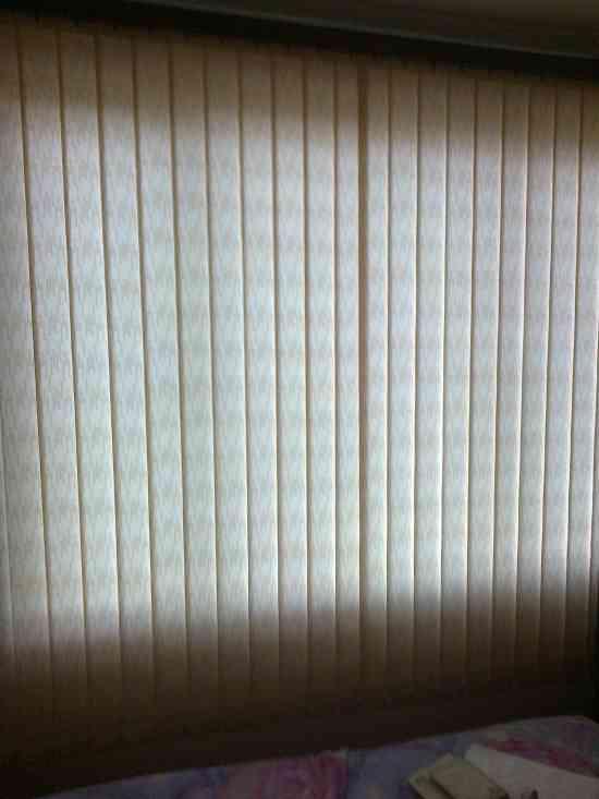 cortinas persianas aluminios cubiertas piso laminado