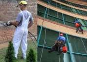 Servicio y  limpieza de fachadas