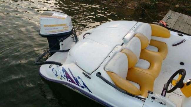 Vendo Excelente bote seadoo