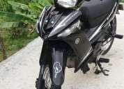 Vendo hermosa moto cripton modelo 2012