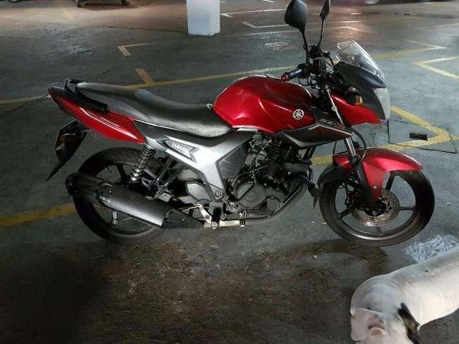 Excelente Yamaha Szr