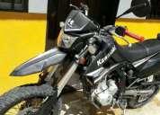 Kawasaki klx 250, contactarse.