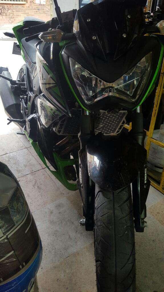 Vendo Excelente Kawasaki Z250