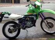 Excelente moto kawasaki kmx 2002