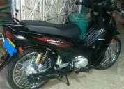 Vendo excelente moto honda wave 110 negra papeles