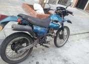 Vendo excelente moto honda xlr 125