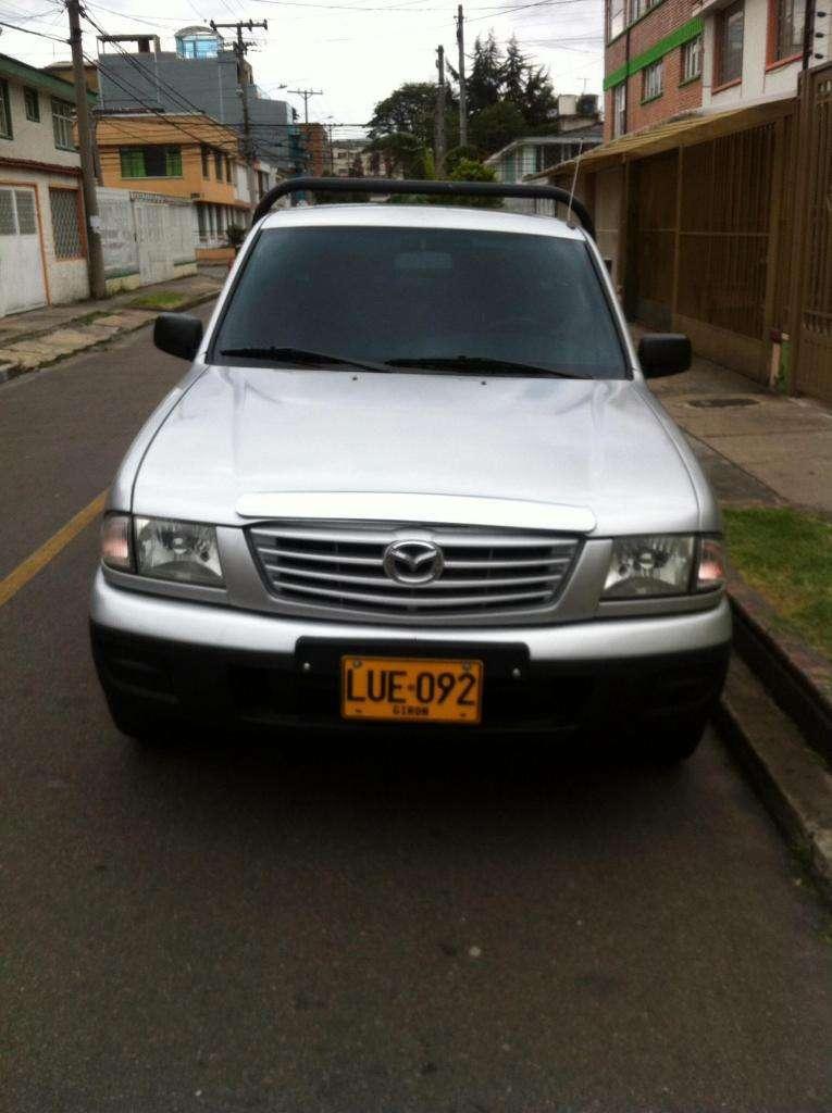 Excelente Mazda b2200 vendo o permuto