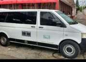Se venden o se cambia hermosa volkswagen transporte, buen estado.