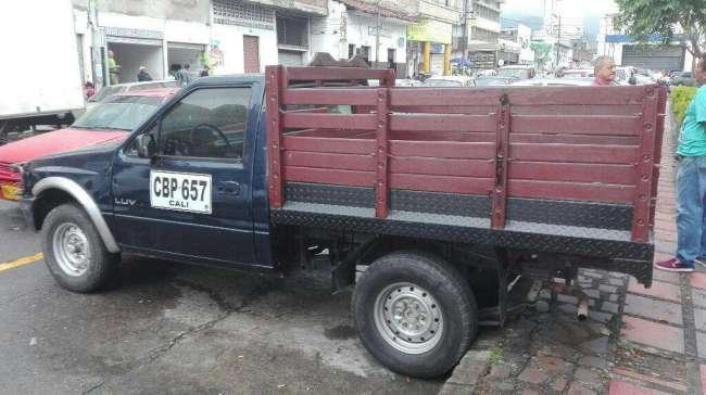 Excelente Chevrolet Luv 2300