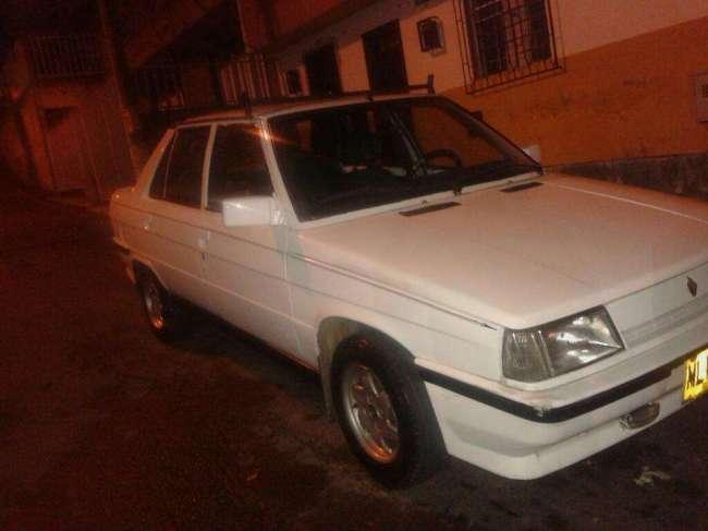 Renault 9 Hermoso Papeles Al Dia Nuca Taxi