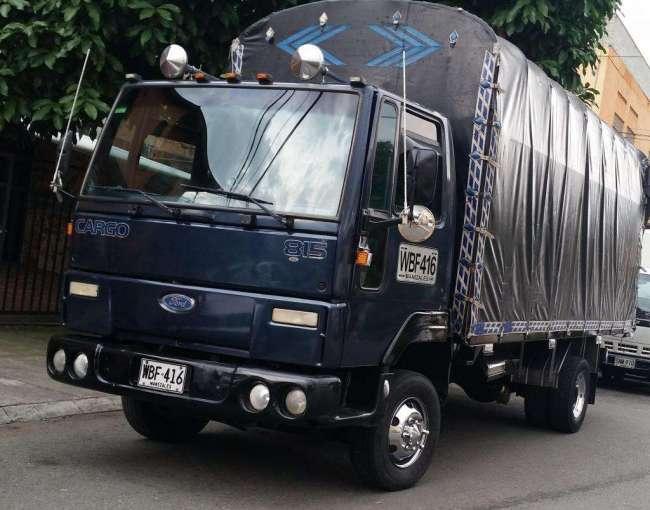 Excelente Ford Cargo 815 2007 con Trabajo