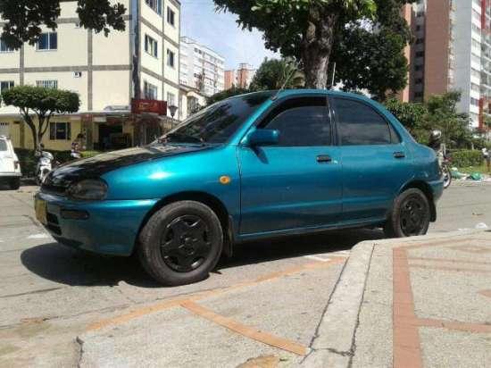Vendo Hermoso Mazda 121 Full Equipo