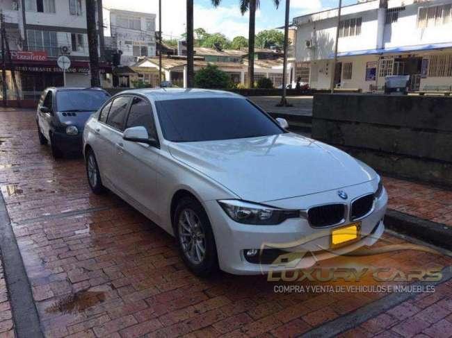 LINDO BMW 320i AUT GASOLINA