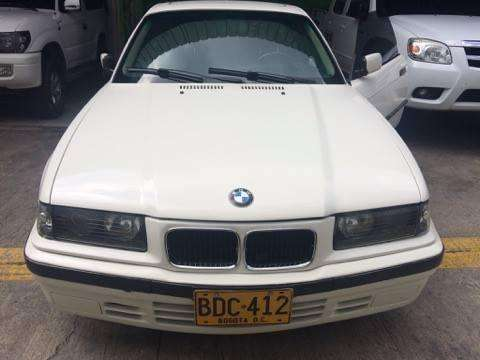 Se vende Excelente BMW 318is