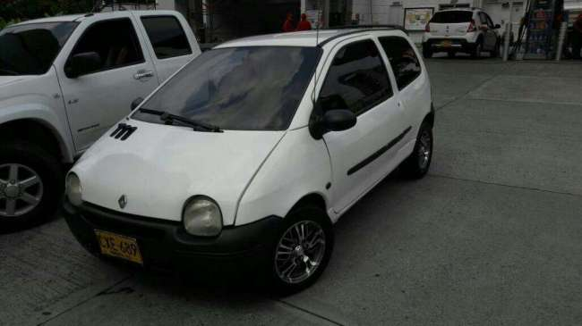 Excelente Twingo Authentique 2008