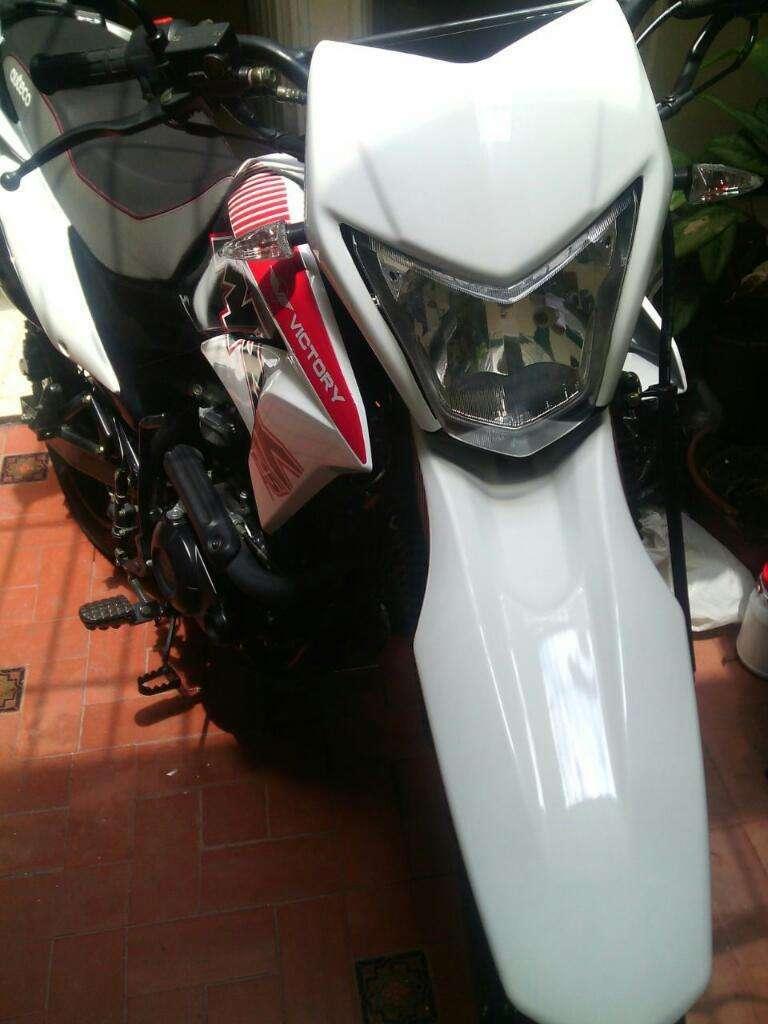 Excelente Moto MRX 125 Auteco Victory