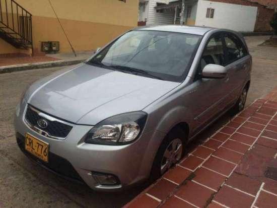 New Rio Ex 1.6 Hatchback Full Equipo Modelo 2012, Contactarse.