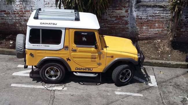 Oportunidad!. Campero Daihatsu cabinado 1983