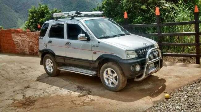 Excelente Toyota Terios