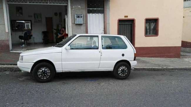 VENDO FIAT COUPE UNO MIL 1996 BUEN ESTADO