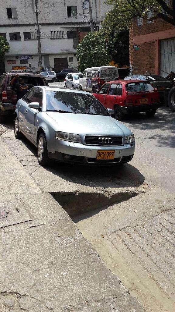 Permuto Audi A4 1800 Turbo, Contactarse.