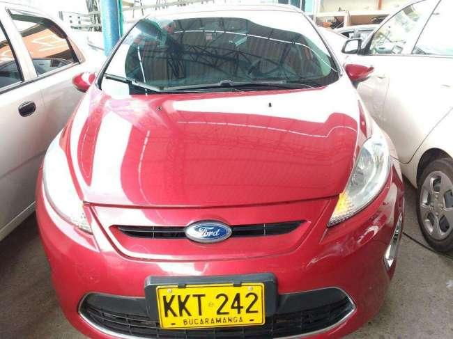 Excelente Ford Fiesta