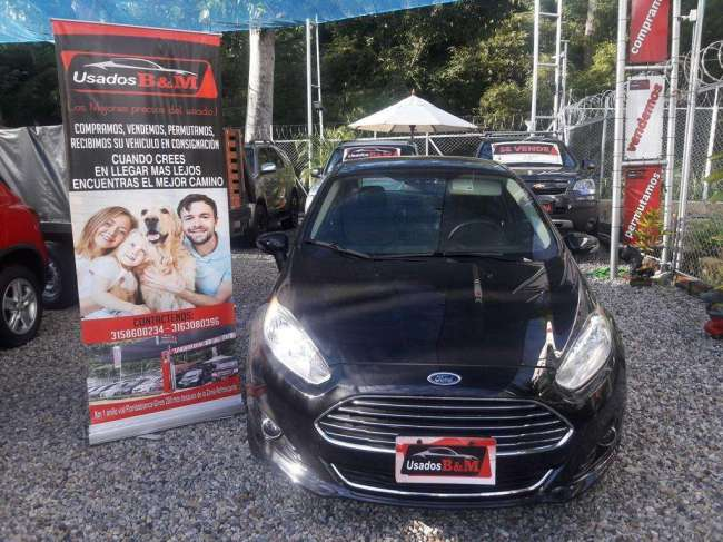 VENDO FORD FIESTA 2015