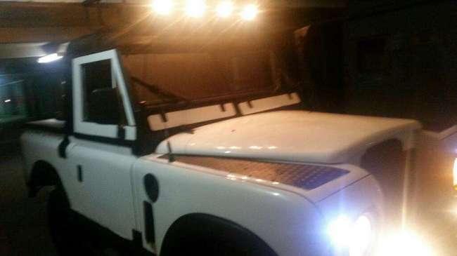 Excelente Land Rover Santana