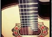 Se dan clases de guitarra y requinto