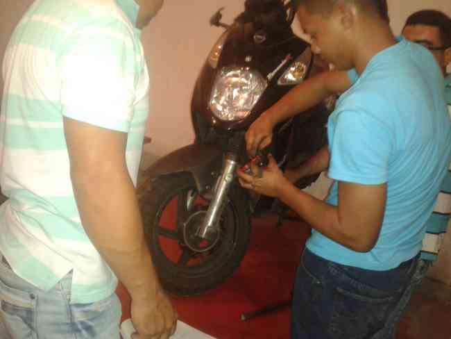 aprenda en nuestro curso mecanica y electricidad de motos cefcae