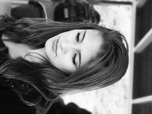 JUGUETONA CHICA LATINA, LLENA DE PLACER PARA DARTE SHOW WEBCAM