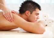 Masaje relajante con técnicas thai
