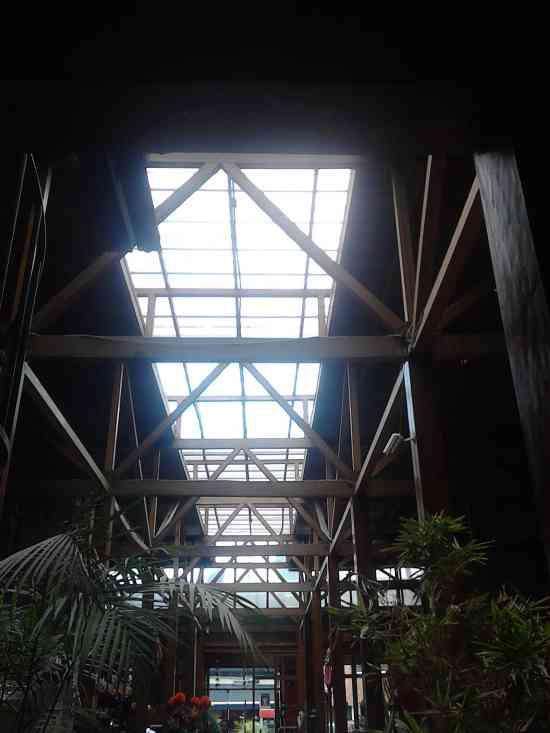 Marquesinas en vidrio tipo VITROLIT