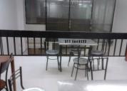 Mesas con sillas acero inox de 2 puestos a $89.000, de 4 $179.000