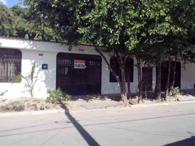 SE VENDE CASA LOTE EXCELENTE PARA INVERSIONISTAS O CONSTRUCTORES EN EL CAGUAN - NEIVA - HUILA