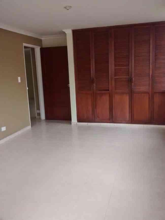 Apartamento en Santa Mónica Residencial