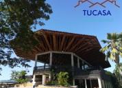 Se vende casa en puerto peÑalisa, excelente estado, piscina privada.