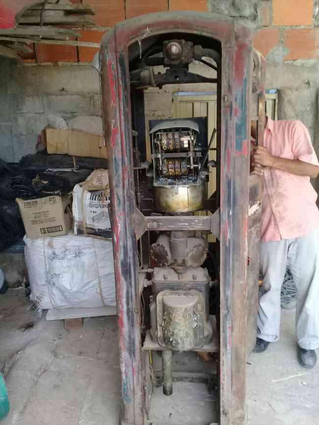 GANGAZO GANGAZOSURTIDORES DE COMBUSTIBLE RELIQUIA