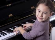 Clases de piano personalizadas para niños y adultos