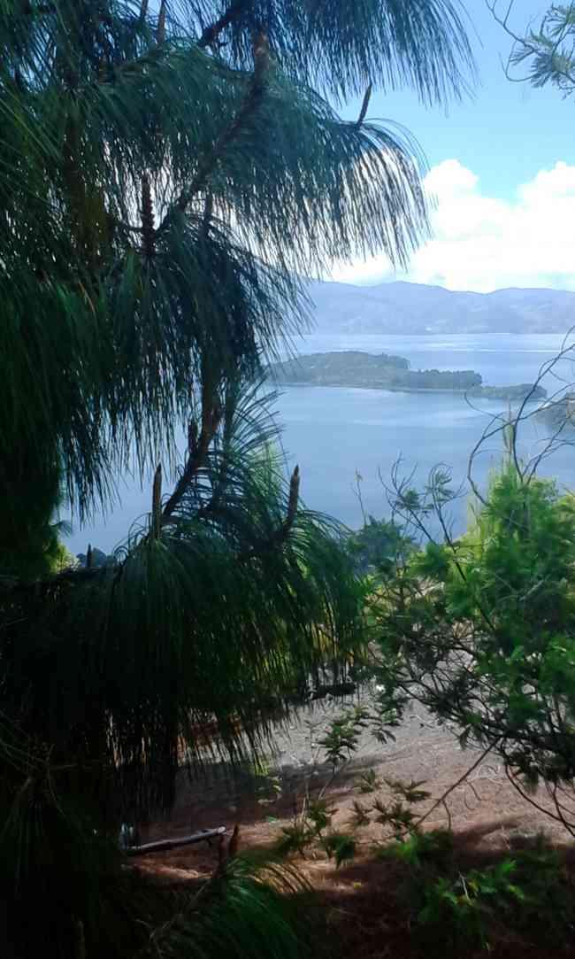 Cabaña la Riviera lago de tota