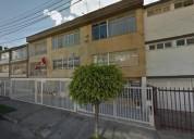 Casa en venta en área comercial de bogota. estrato 4