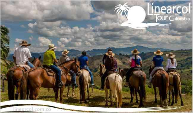 De Cabalgata por los cerros de Bogota