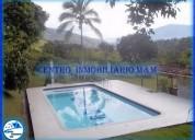Alquiler de fincas en copacabana código: 2413