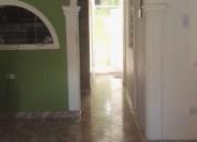 Se vende casa bifamiliar dos pisos independientes.