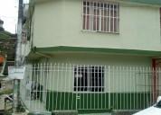 Vendo o permuto casa esquinera con 4 apartamentos