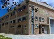 Vendo en chia para estrenar magnifica bodega de 1 900 m2 en terreno de 3 300 m2 en chía