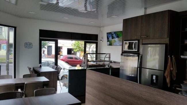 Venta cafeteria en excelente ubicacion en la Av Santader en Manizales