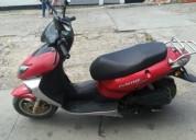 Moto matriz 2012 buen estado color rojo